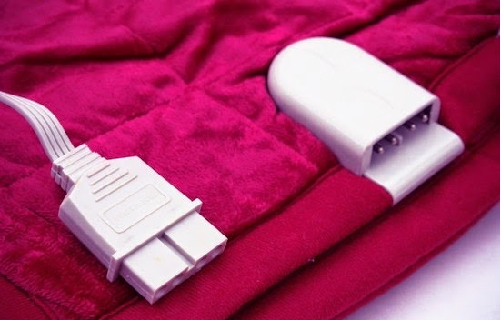 Chăn điện rất dễ chập và giật nên cẩn thận khi sử dụng.