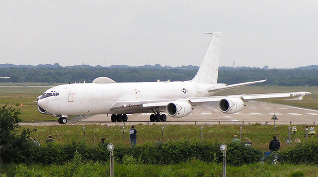 Máy bay E-6B Mercury Mỹ.