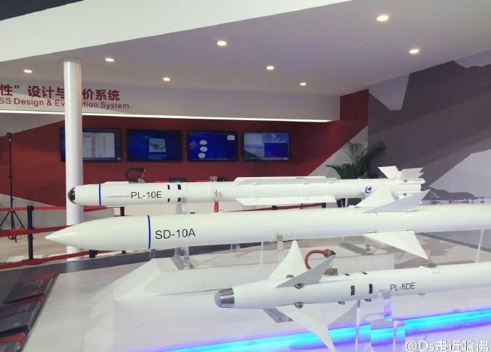 Tên lửa  PL-10E có tầm bắn 20km.