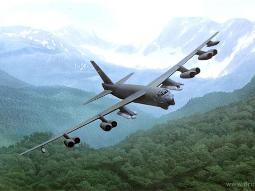 Máy bay B-52 có thể bay liên tục 9 giờ không cần tiếp dầu.