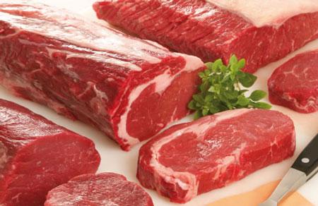 Thịt lợn là thực phẩm dễ gây ngộ độc nếu chế biến chưa chín kỹ. Ảnh minh họa