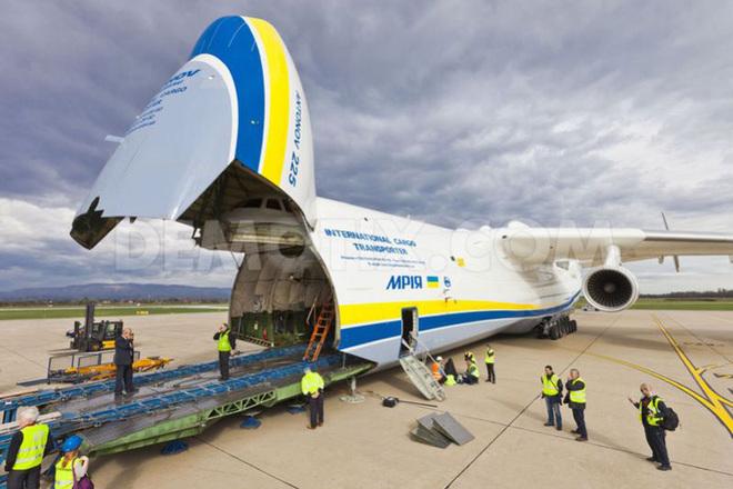 Máy bay vận tải An-225 là chiếc máy bay chở hàng chủ lực trong phi đội của hãng vận tải hàng không Antonov. Ảnh: VnExpress