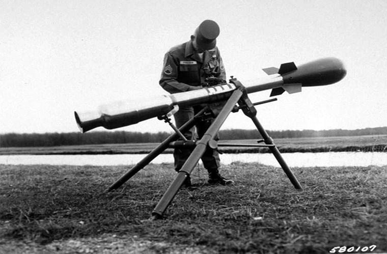 Pháo không giật của Mỹ cũng nằm trong danh sách những vũ khí quái dị nhất. Ảnh: Kiến Thức