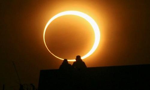 Người yêu thiên văn học Việt Nam cũng sẽ có cơ hội ngắm hiện tượng ''vòng tròn lửa'' kỳ thú này. Ảnh minh họa