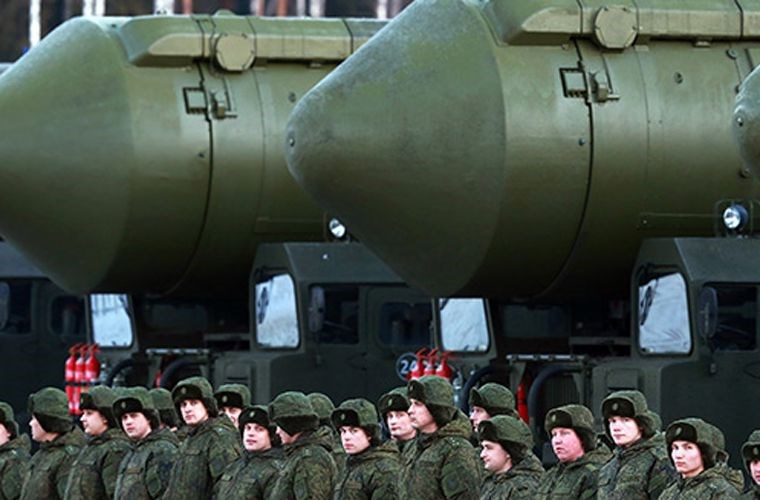 Tên lửa đạn đạo Sarmat là một loại vũ khí quân sự sử dụng động cơ nhiên liệu lỏng. Ảnh: Kiến Thức