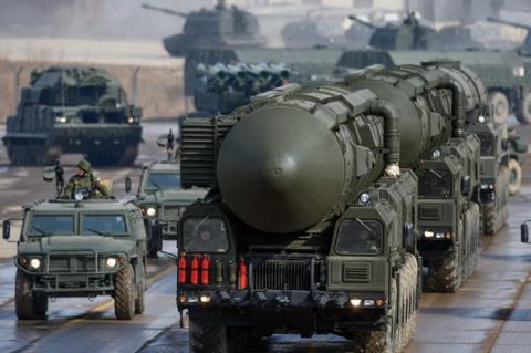 Tên lửa RS-26 khiến các chuyên gia quân sự thế giới kinh ngạc về uy lực của nó. Ảnh: Đất Việt