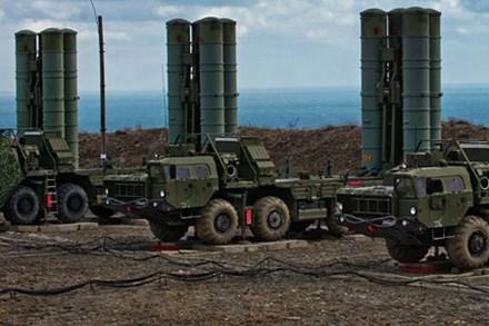 Hệ thống tên lửa S-400. Ảnh: Lao Động
