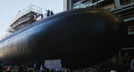 Tàu ngầm Krasnodar là một loại vũ khí quân sự được Nga biên chế vào năm 2015. Ảnh: Lao động