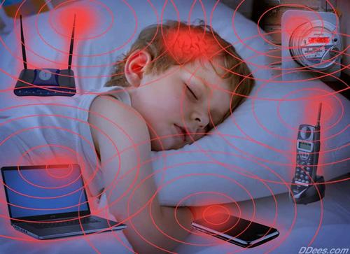 Sóng wifi còn ảnh hưởng tới não bộ của trẻ nhỏ. Ảnh minh họa