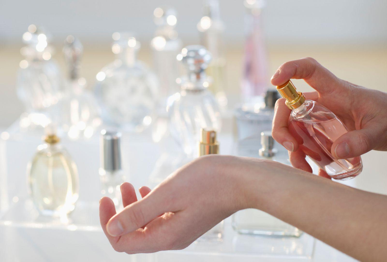 Nước hoa độc ngang thuốc lá không nên lạm dụng, nhất là với trẻ nhỏ. Ảnh minh họa