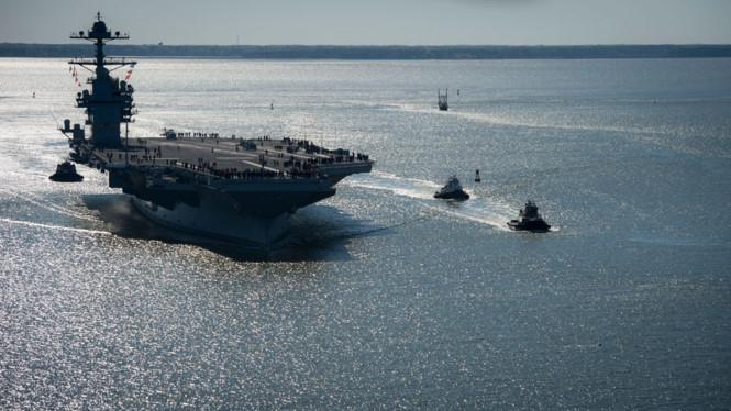 Tàu sân bay USS Gerald R. Ford có lượng giãn nước 100.000 tấn. Ảnh: Thanh Niên