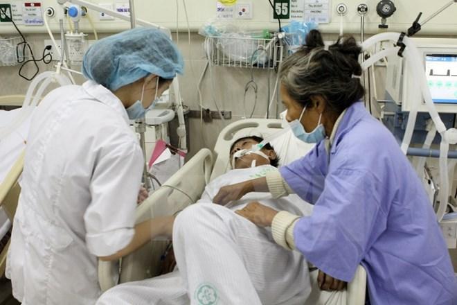Nắng nóng số lượng bệnh nhân đột quỵ gia tăng. Ảnh: TTXVN