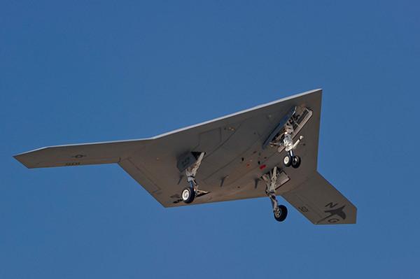 Máy bay không người lái X-47B sẽ trở thành vũ khí quân sự uy lực nhất trên bầu trời trong tương lai. Ảnh: Zinh news