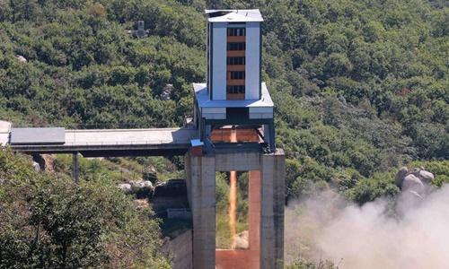 Tên lửa Triều Tiên được thử nghiệm. Ảnh: VnExpress