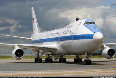 Máy bay Boeing E-4B hoạt động với phi hành đoàn từ 48 tới 112 người. Ảnh: Lao động