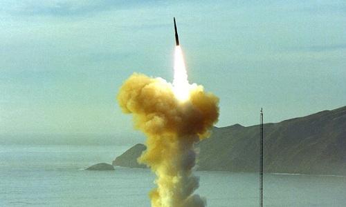 Tên lửa đạn đạo xuyên lục địa Minuteman III là vũ khí khắc tinh của mọi đối thủ. Ảnh: VnExpress
