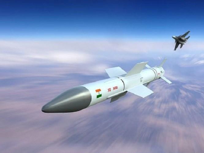 Tên lửa Astra Mark-1 của Ấn Độ. Ảnh: ANTĐ