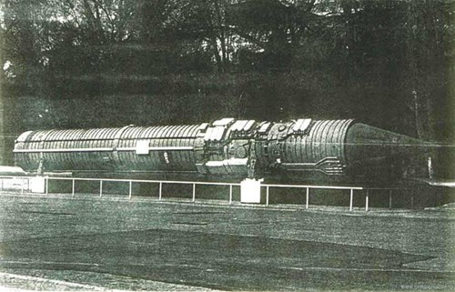 Tên lửa chỉ huy 15А11 trong hệ thống phản công Perimeter. Ảnh: QĐND