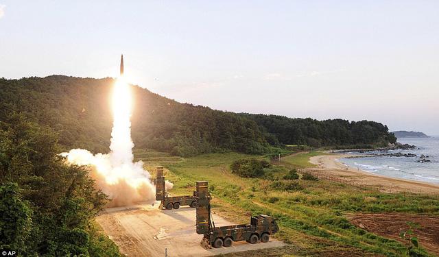 Hàn Quốc phóng thử tên lửa diệt mục tiêu. Ảnh minh họa