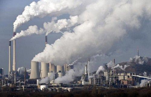 Ô nhiễm không khí có thể gây vô sinh và hàng loạt bệnh khác. Ảnh minh họa
