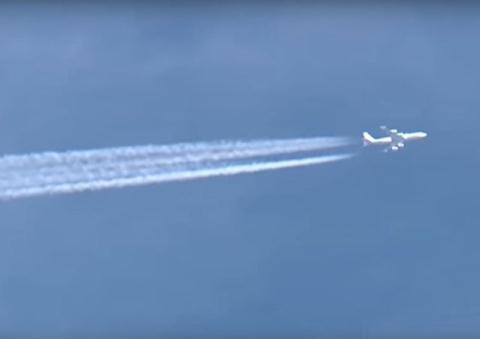 Máy bay  E-6B Mercury của Mỹ là một vũ khí đáng sợ nhất trên bầu trời. Ảnh: Đất Việt