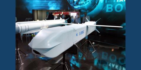 Tên lửa Kh-50 của Nga. Ảnh: Đất Việt