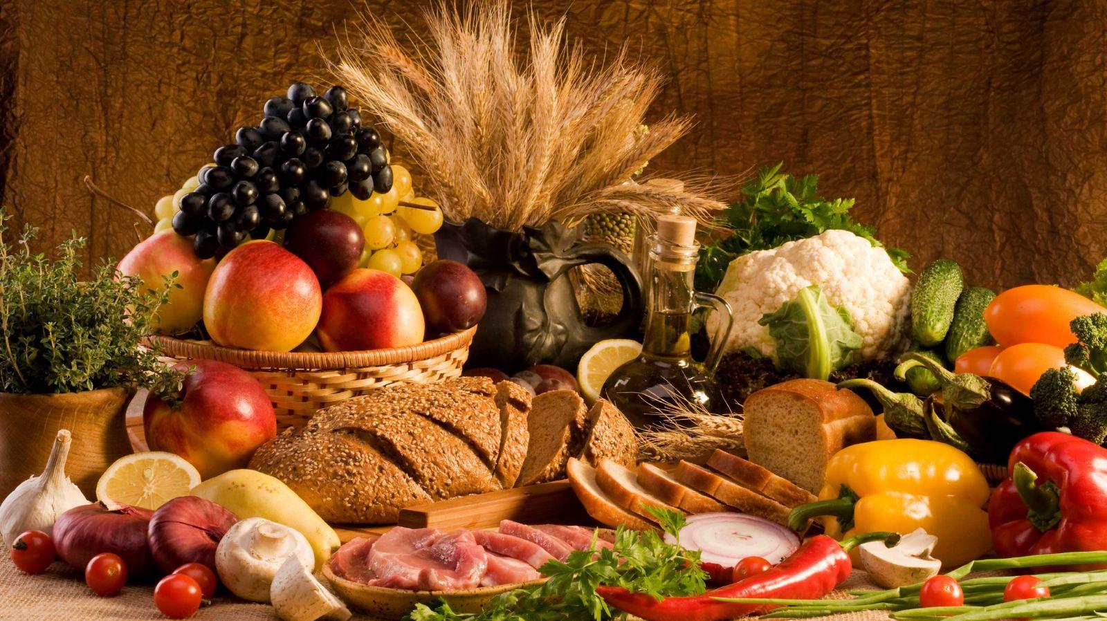 Nhiều hóa chất bảo quản thực phẩm có thể gây nguy cơ béo phì và hàng loạt bệnh nguy hiểm khác. Ảnh minh họa