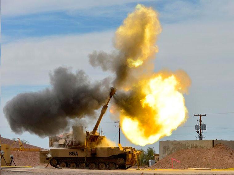 Siêu pháo tự hành của Mỹ khai hỏa. Ảnh: Kiến thức