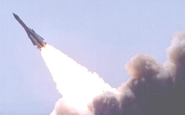 Hệ thống tên lửa NPO Almaz S-200 Angara/Vega/Dubna Nga khai hỏa. Ảnh: Thời đại