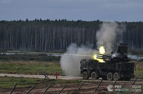 Hệ thống pháo-tên lửa phòng không tự hành Pantsir-S1 của Nga. Ảnh: QĐND