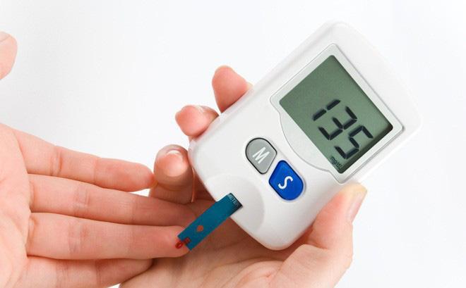 Các nhà nghiên cứu cho biết kính áp tròng có thể phát hiện bệnh tiểu đường. Ảnh minh họa