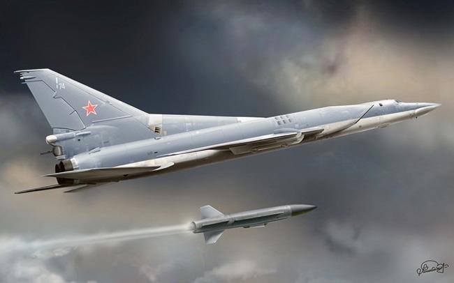 Tên lửa Kh-22 gắn trên máy bay của Nga. Ảnh: Lao động