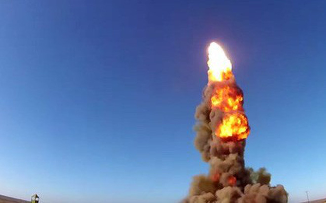 Tên lửa đánh chặn PRS-1M khai hỏa. Ảnh: Trí thức trẻ