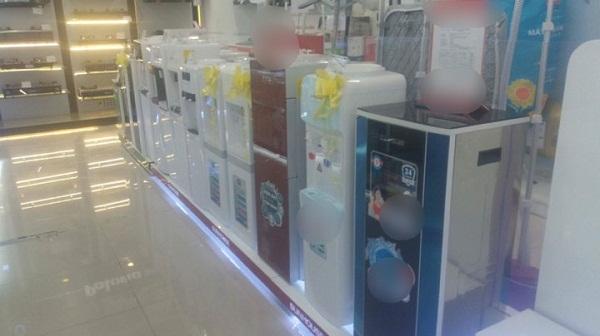 Người tiêu dùng nên thận trọng khi mua máy lọc nước nhập khẩu giả. Ảnh: Vân Thảo