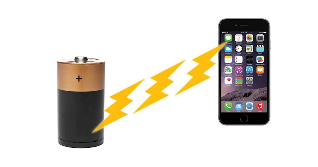 Dùng sạc không dây iPhone có thể làm hỏng pin nhanh, cháy nổ nếu là hàng nhái. Ảnh minh họa