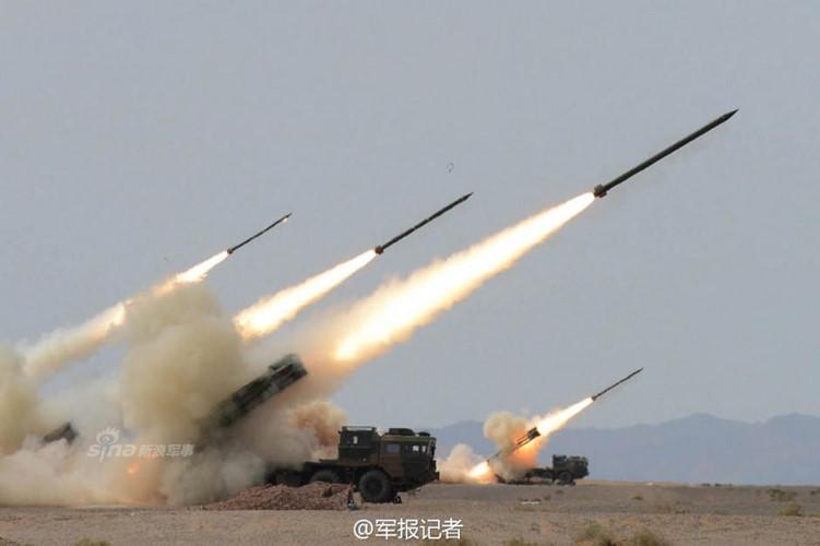 Pháo phản lực Trung Quốc khai hỏa nướng chín mục tiêu chớp nhoáng. Ảnh: Kiến thức