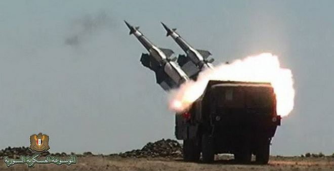 Tên lửa Pechora-2M của Syria tấn công đối phương. Ảnh: ANTĐ