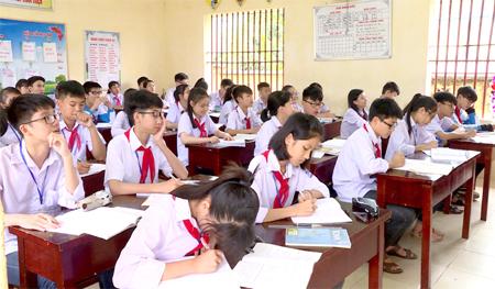 Cách tra cứu điểm thi vào lớp 10 năm học 2018 tại Ninh Bình. Ảnh: báo Ninh Bình