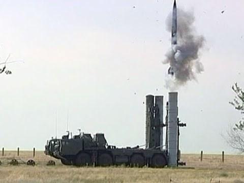 Tên lửa S-500 vô đối của Nga. Ảnh: Kiến thức