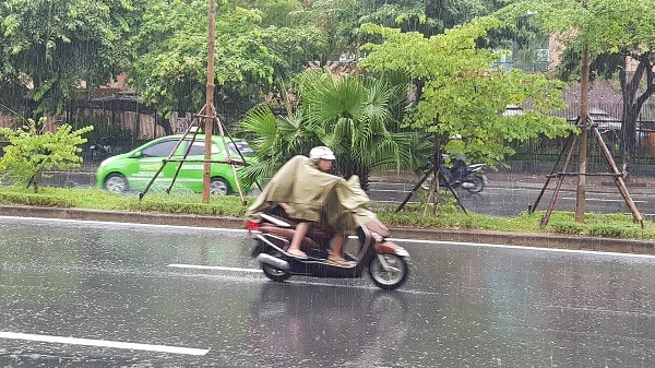Dự báo trong vài ngày tới do ảnh hưởng của cơn bão số 3 nên nhiều nơi xảy ra mưa lớn, lũ quét. Ảnh: Hà Khun