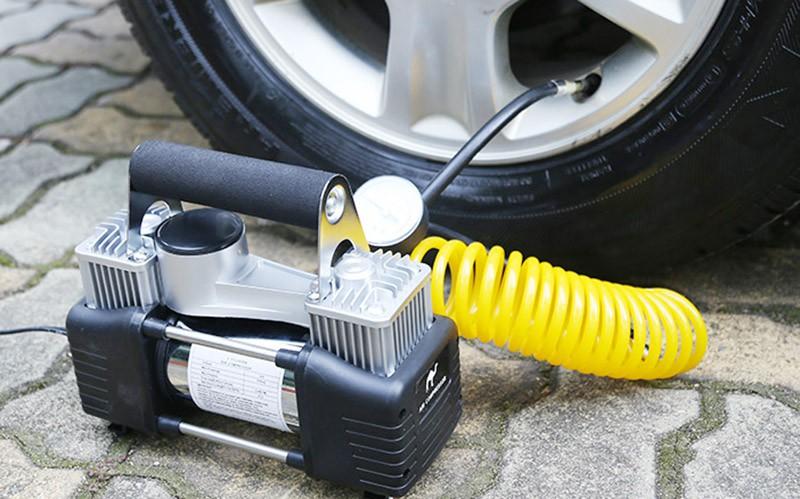Bơm ô tô mini điện rất tiện lợi nhưng tránh mắc sai lầm khi lựa chọn và sử dụng