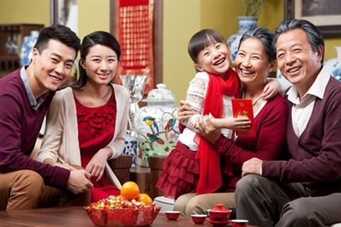 Hãy lì xì gia đình và bạn bè bằng những tin nhắn chúc Tết Ất Mùi hay và ý nghĩa nhất