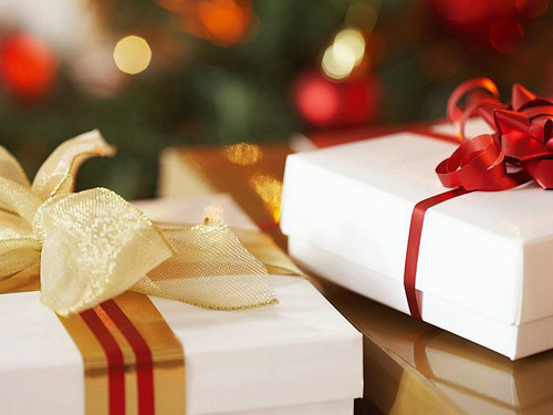 Noel chắc hẳn nhiều chàng trai sẽ thích nhận quà mỹ phẩm của người yêu
