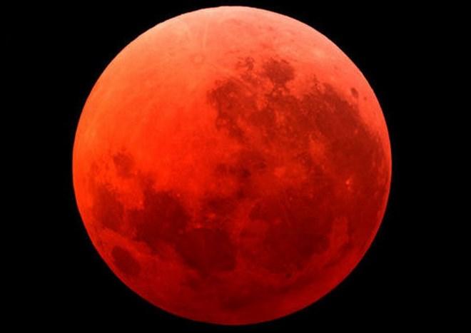 'Mặt Trăng máu' tháng 9 có thể sẽ kéo theo động đất hủy diệt loài người
