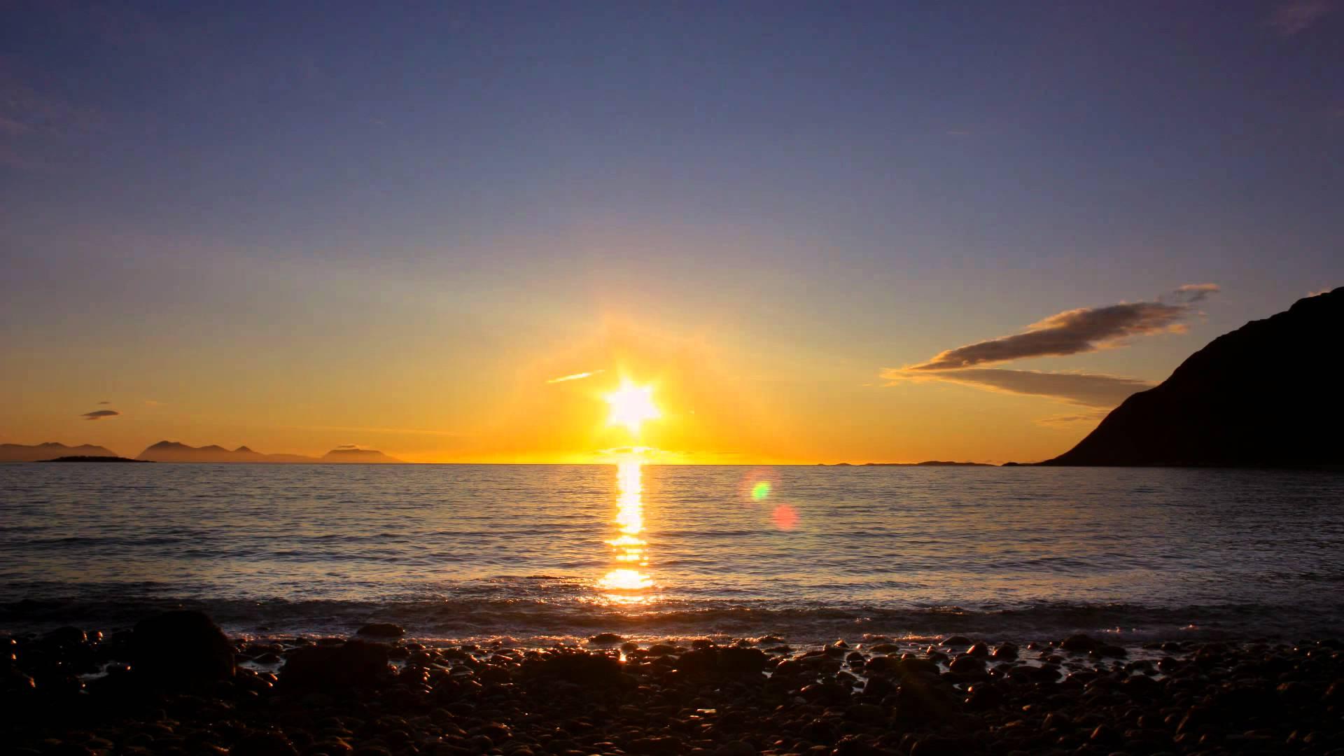 Khoảng một phần tư lãnh thổ của Phần Lan nằm ở phía bắc của vòng Bắc Cực và ở điểm xa nhất về phía bắc của đất nước này thì Mặt Trời không lặn trong 73 ngày liên tục trong mùa hè.