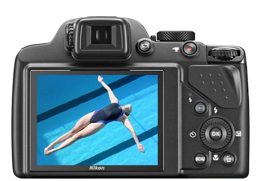 Màn hình LCD 3 inch được tích hợp trong mẫu máy ảnh giá rẻ này