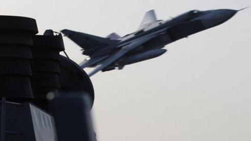 Thời gian này liên tiếp xảy ra các vụ việc máy bay quân sự của Nga 'vờn' tàu khu trục, máy bay Mỹ
