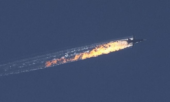 Máy bay Su-24 của Nga bị bắn rơi gần biên giới Syria - Thổ Nhĩ Kỳ vào tháng 11/2015
