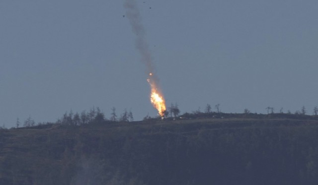 Máy bay bốc cháy thành quả cầu lửa khi tiếp đất
