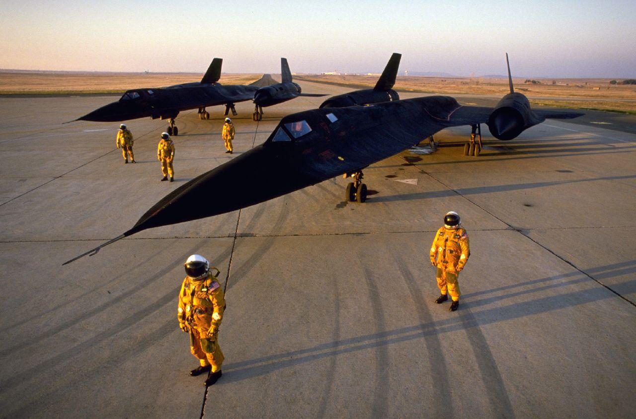 Máy bay quân sự SR-71 chính thức về hưu từ năm năm 1998